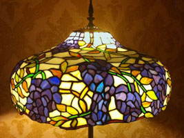 Repaired lamp shade