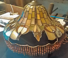 crush damaged stained glass Tiffany Lamp